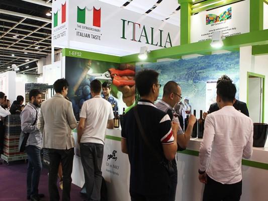 003 Vinexpo HK Italy