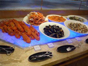 香港黃金海岸酒店聆渢咖啡廳  「『龍』情美意」自助晚餐味遊異國