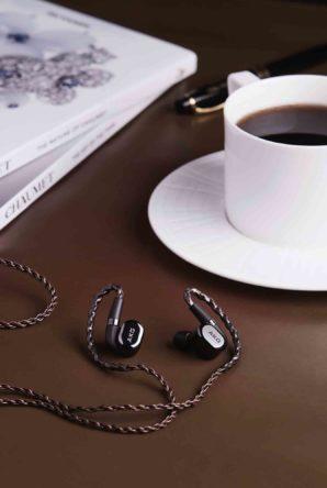 將音樂融入生活 兩大耳機品牌AKG及JBL全新藍牙耳機